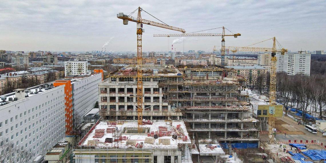 Собянин рассказал о строительстве в Москве новых медцентров