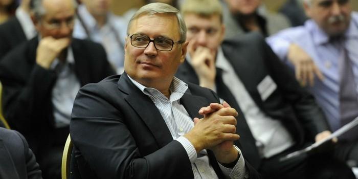 За верную службу: пользователи Интернета собрали 10 тыс. подписей за гражданство США для Касьянова