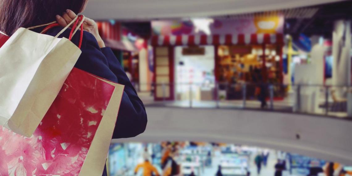 В феврале средняя выручка предприятий торговли и услуг Москвы превысила 1 трлн руб