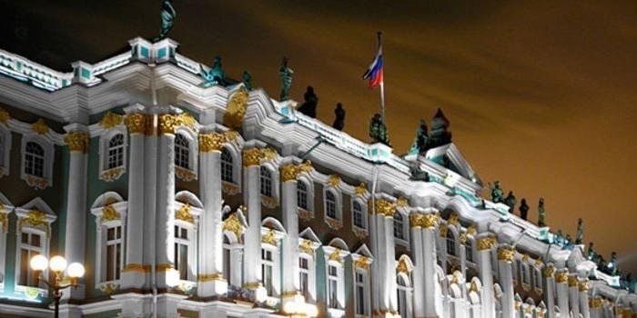 Эрмитажу запретили говорить о продаже ценностей на Запад при советской власти