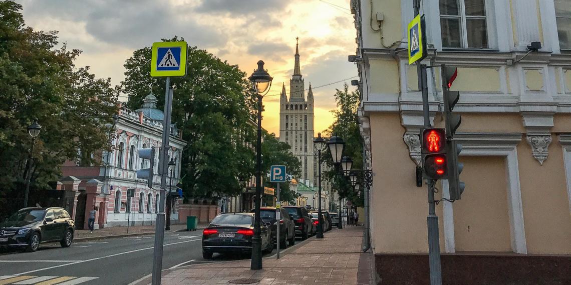 Москвичам передадут сертификаты на покупки на 10 млрд рублей