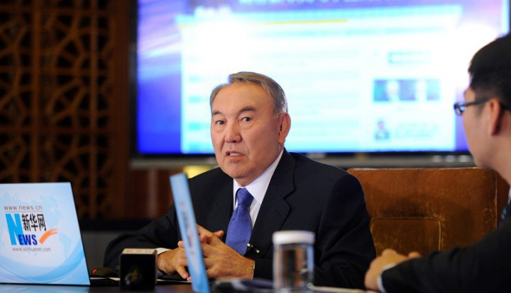 Назарбаев по доброй воле готов помочь прекратить войну в Украине
