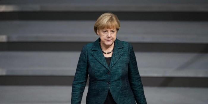 Песков посоветовал Меркель правильно выбирать мировые угрозы