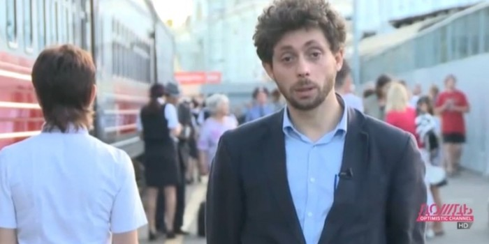 """Военные ГРУ задержали журналиста """"Дождя"""" у своей военной части"""