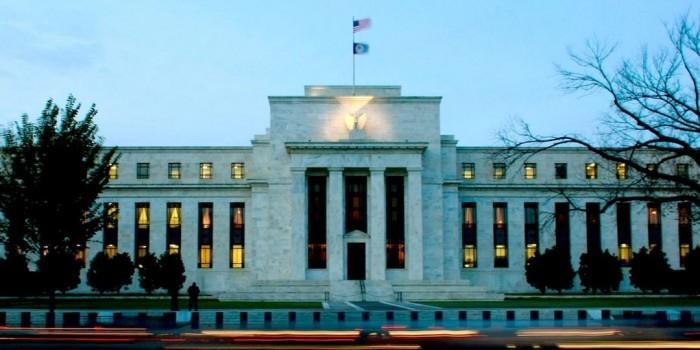 Центробанки стран мира забирают свои золотые резервы из ФРС США