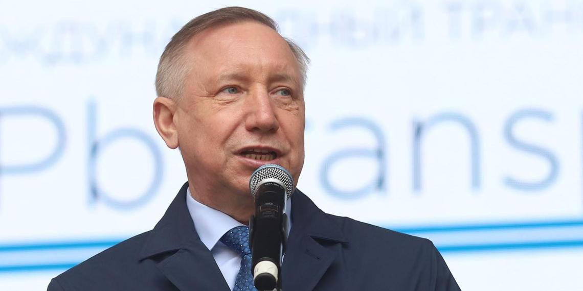 У губернатора Санкт-Петербурга пропали усы