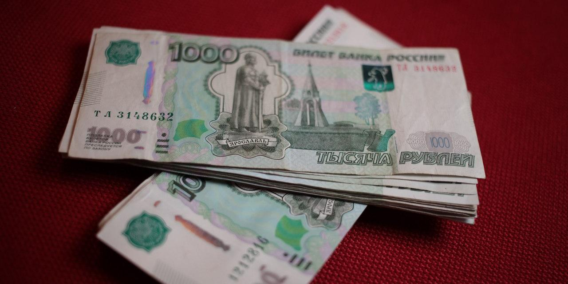 Минтруд оценил расходы на повышение МРОТ в бюджетной сфере в 2018 году