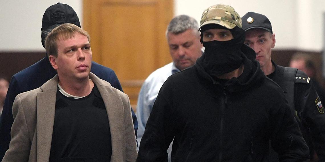 Прокуратура попросила посадить полицейских по делу Голунова на сроки от 7 до 16 лет