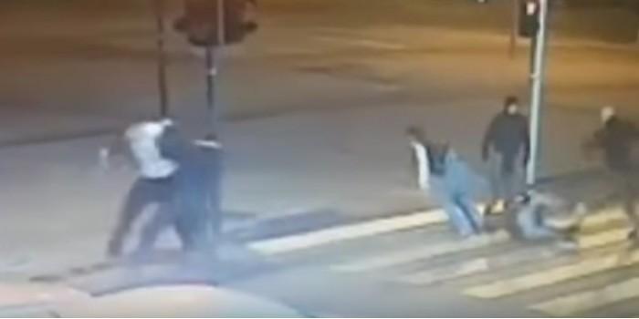Опубликовано видео массовой драки между украинцами и поляками