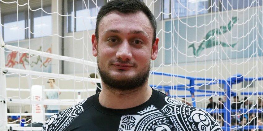 Боец вспомнил о победе в неравной уличной драке вместе с футболистом сборной России