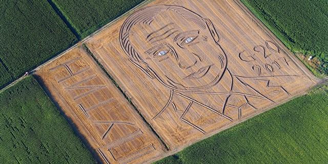 """Итальянский фермер в преддверии G20 """"нарисовал"""" на поле портрет Путина"""