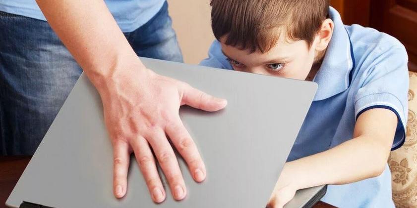 Как родителям и государству защитить детей от сетевых педофилов?