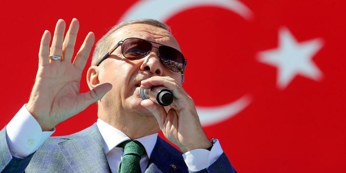 Эрдоган потребовал от ФРГ не вмешиваться во внутренние дела Турции