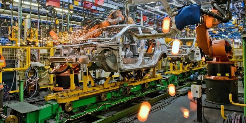 В России значительно просел выпуск легковых автомобилей