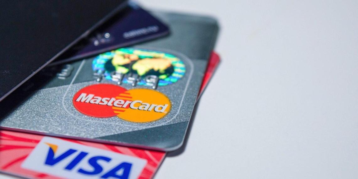 Сбербанк рассказал о новой схеме мошенничества с банковскими картами