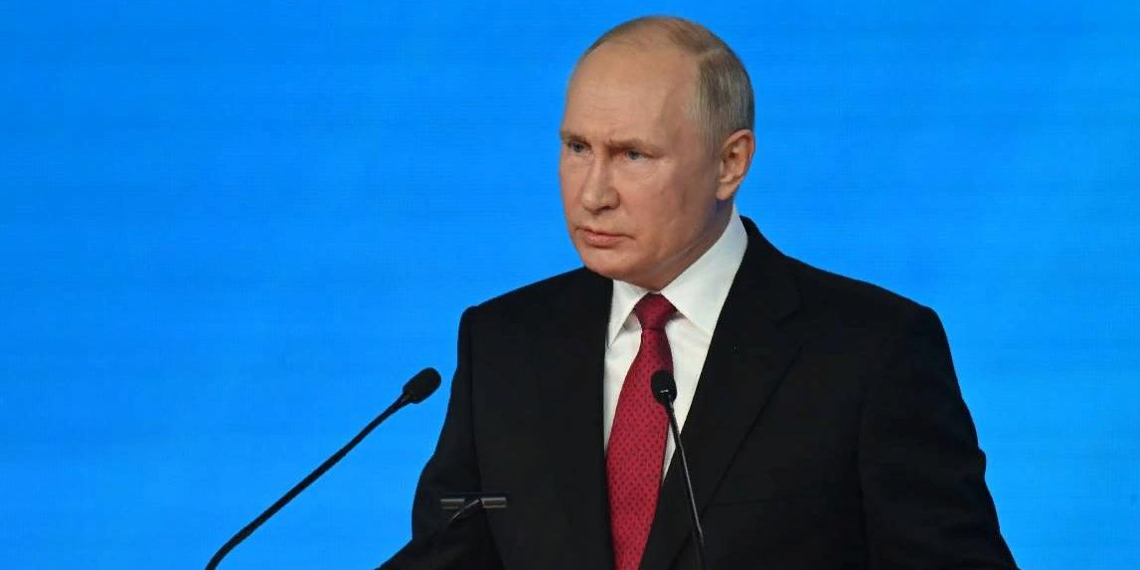 """Путин внес свои предложения в народную программу """"Единой России"""""""