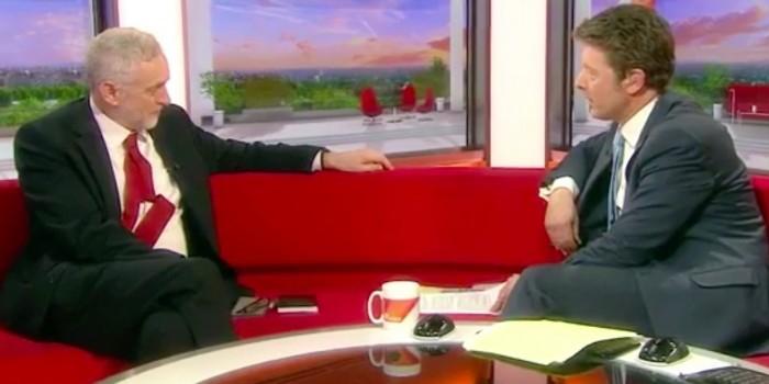 Лидер британской оппозиции обвинил BBC в распространении лживых новостей