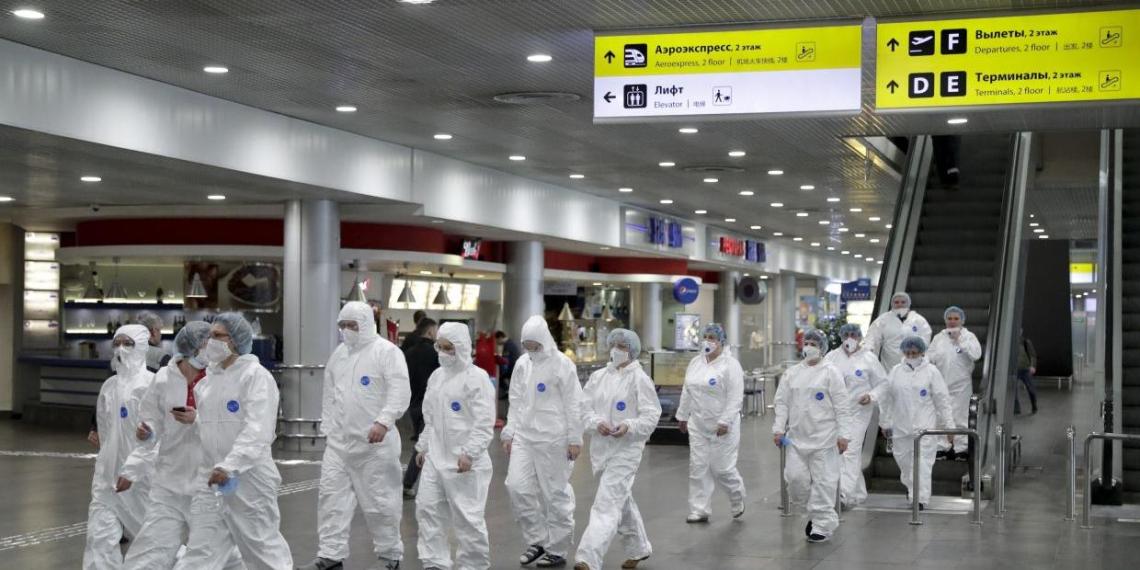 В России суточный прирост заболевших COVID-19 превысил 2 тысячи человек