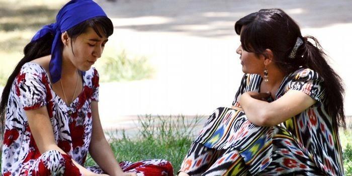 В Таджикистане запретили сексуальные домогательства с использованием колдовства