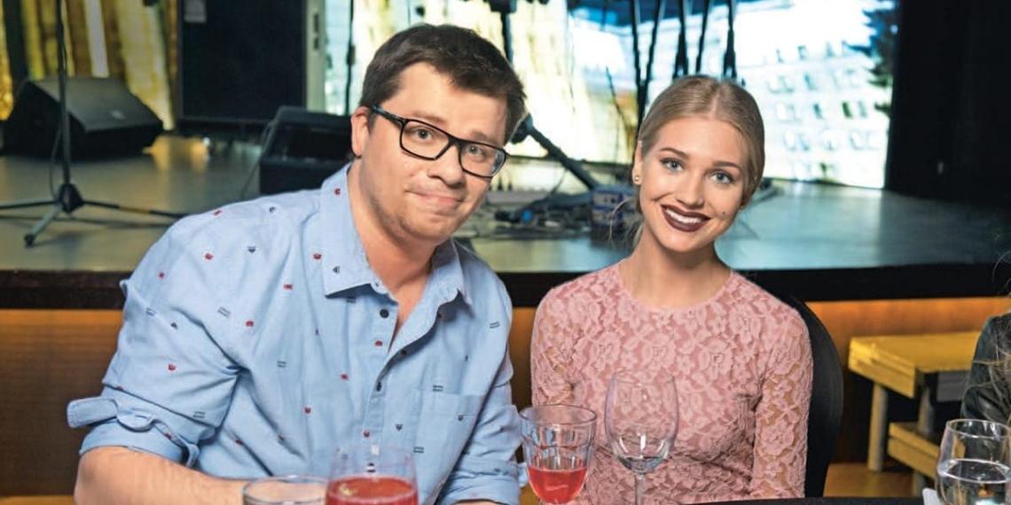 Кристину раздражал его живот и одышка: СМИ назвали причину развода Асмус и Харламова