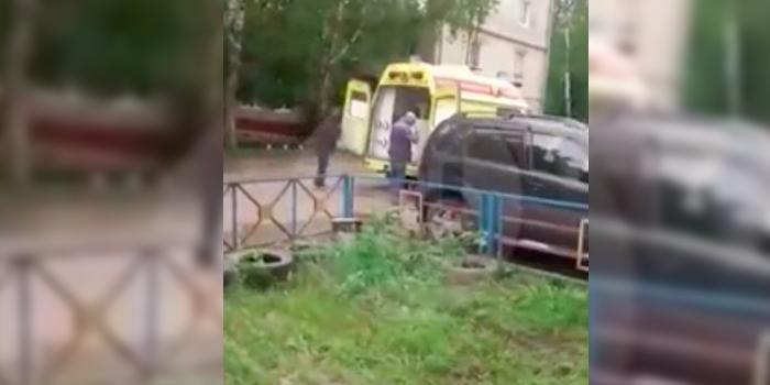 Томская больница объяснила перевозку холодильника в реанимобиле