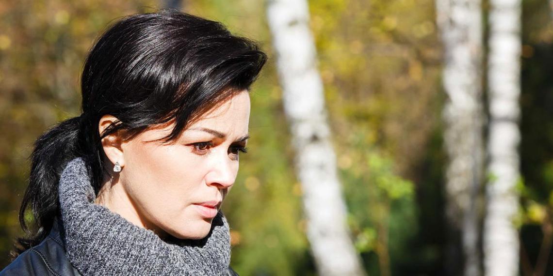 """""""Плакать хочется от степени жестокости"""": дочь Заворотнюк прокомментировала слухи о состоянии ее матери"""