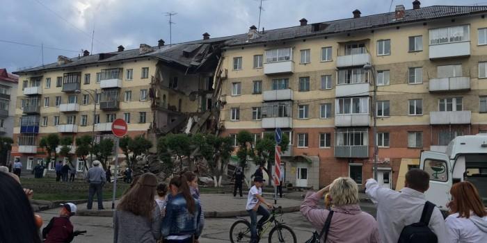 Пресс-секретарь Тулеева назвал предварительную причину обрушения дома в Междуреченске