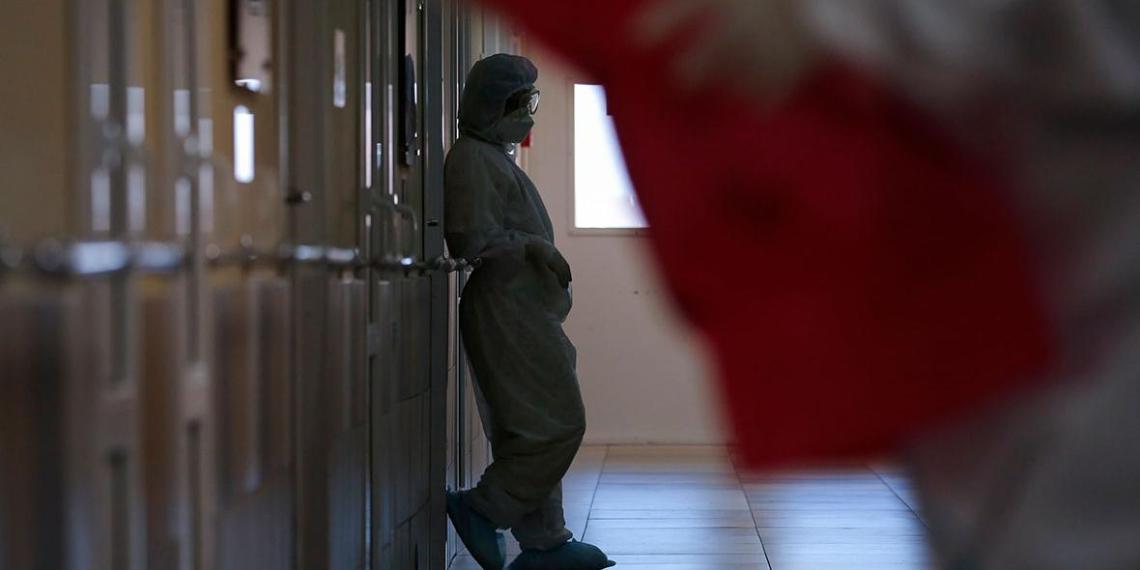 Ученые: сохранение темпов вакцинации в Москве поможет избежать третьей волны COVID-19