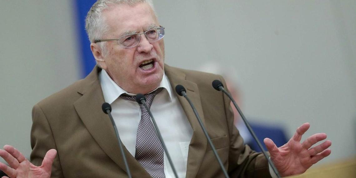 Жириновский раскритиковал КПРФ за отказ поддержать поправки к Конституции