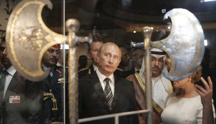 """Психолог Бондаровская: Украина страдает от применения Путиным секретного """"тысячелетнего оружия"""""""
