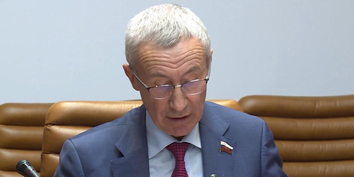 В Совете Федерации предложили приравнять физлиц к иноагентам за политдеятельность с зарубежной помощью