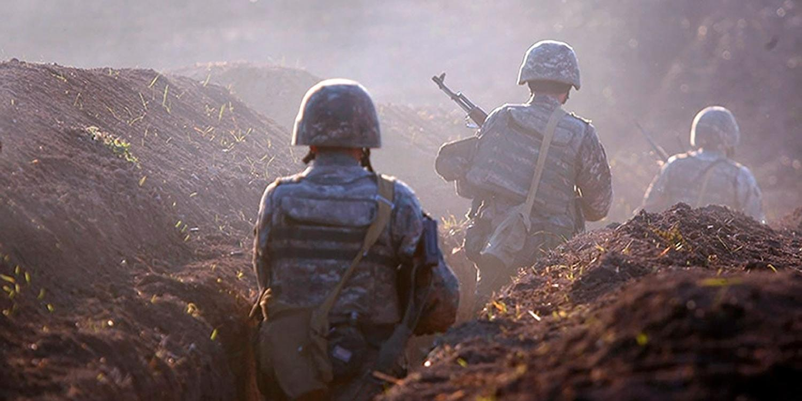 Конфликт Армении и Азербайджана разгорелся с новой силой: идут бои, уничтожены танки и вертолеты