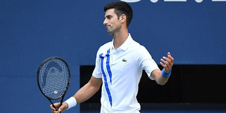 Новака Джоковича дисквалифицировали с US Open за попадание мячом в судью