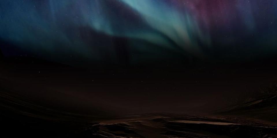 Марсианский зонд заснял масштабные полярные сияния