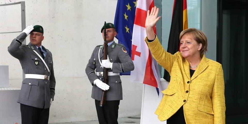 Меркель пообещала Украине через 10 лет определиться с планом ее членства в ЕС