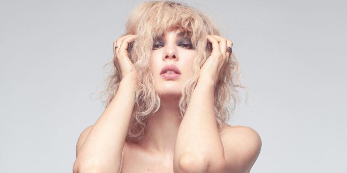 """""""Могу себе позволить"""": певица Maruv в честь своего дня рождения показала голую грудь"""