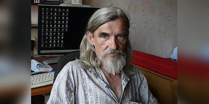 """Главу карельского """"Мемориала"""" обвинили в изготовлении детского порно с падчерицей"""