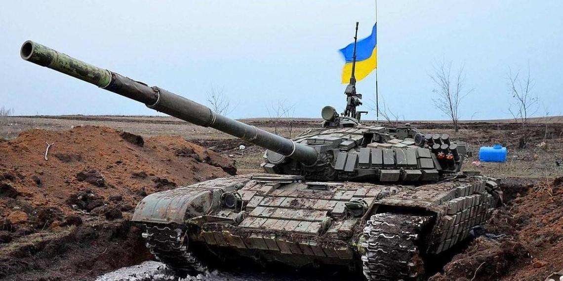 На Украине заявили о потере боеспособности ВСУ в случае прекращения поставок топлива из РФ и РБ