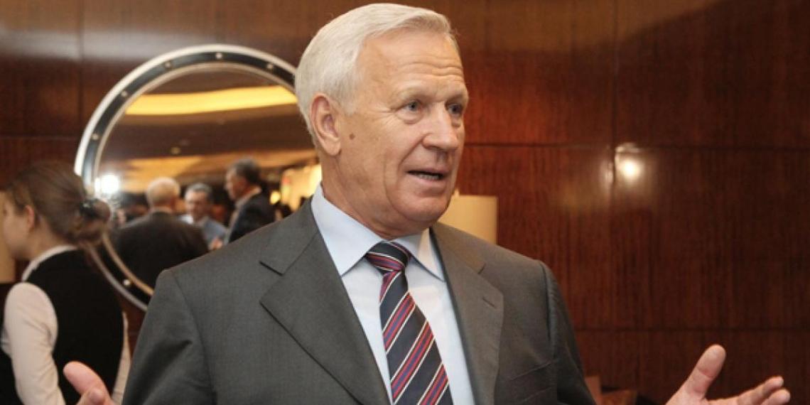 Экс-президент РФС выступил за возврат водки на стадионы
