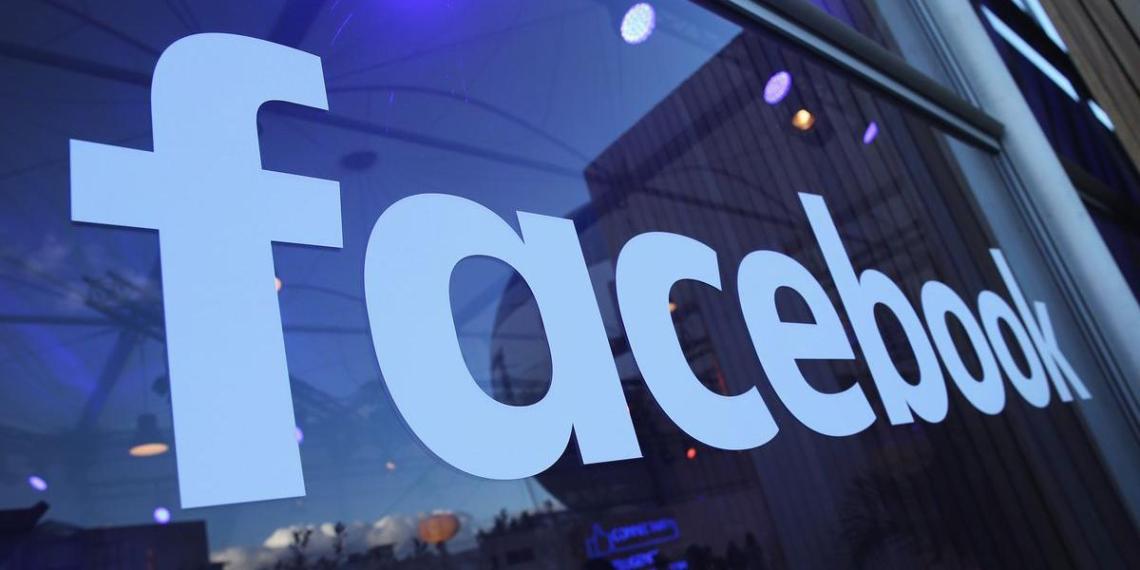 Американские власти потребовали от Facebook продать Instagram и WhatsApp