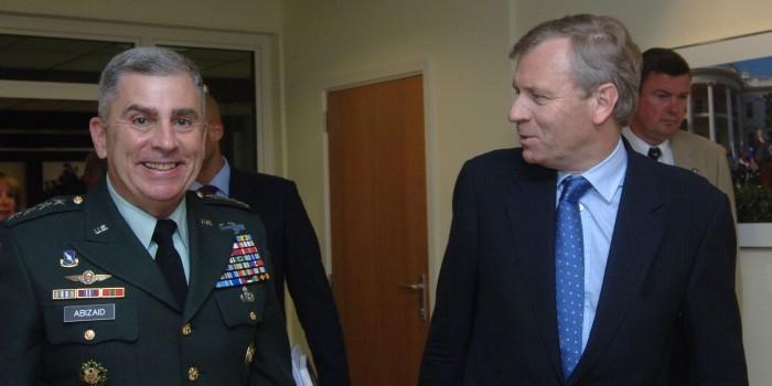 Пентагон назначил своего отставного генерала советником главы Минобороны Украины