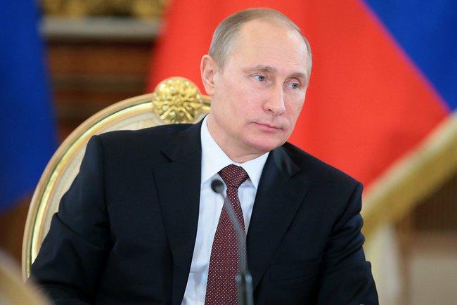 Путин подписал распоряжение о принятии Республики Крым в Российскую Федерацию