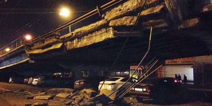 Кличко объяснил разрушение моста усталостью