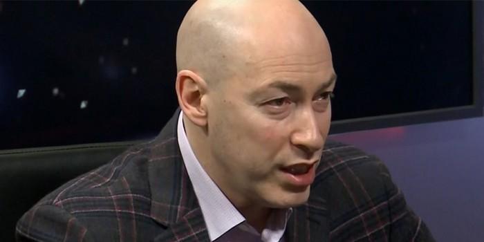 """Зритель в эфире украинского ТВ поинтересовался, почему крымчане лучше живут при """"агрессоре"""""""