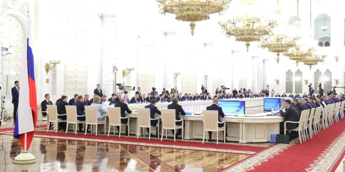 ФОМ: индикатор доверия россиян к губернаторскому корпусу вырос в 2 раза