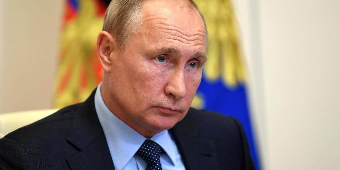 Путин: РФ выдержала испытание COVID-19 благодаря приверженности нравственным нормам