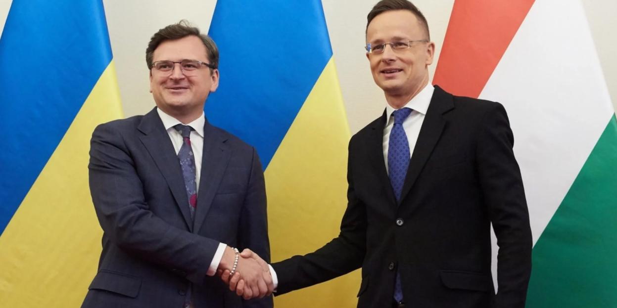 На Украине обещают кровопролитие из-за визита министра иностранных дел Венгрии