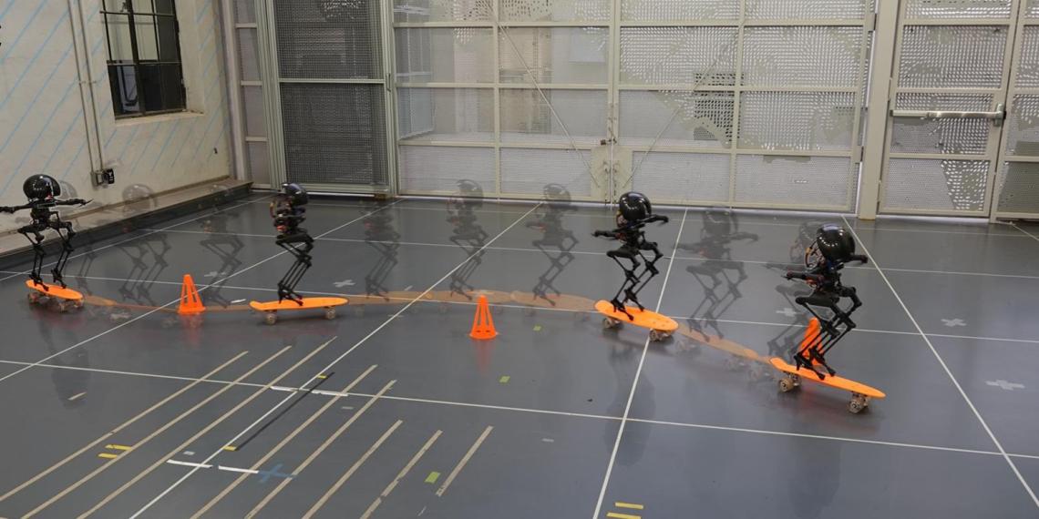 Создан двуногий робот, который способен ходить, летать и кататься на скейтборде