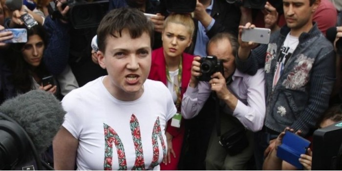"""""""Путин нам подсунул переворот"""": депутат Рады заподозрил Савченко в работе на Кремль"""
