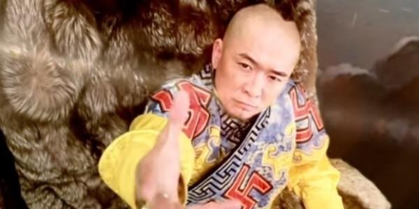 Пьяный сотрудник посольства России избил популярного монгольского рэпера